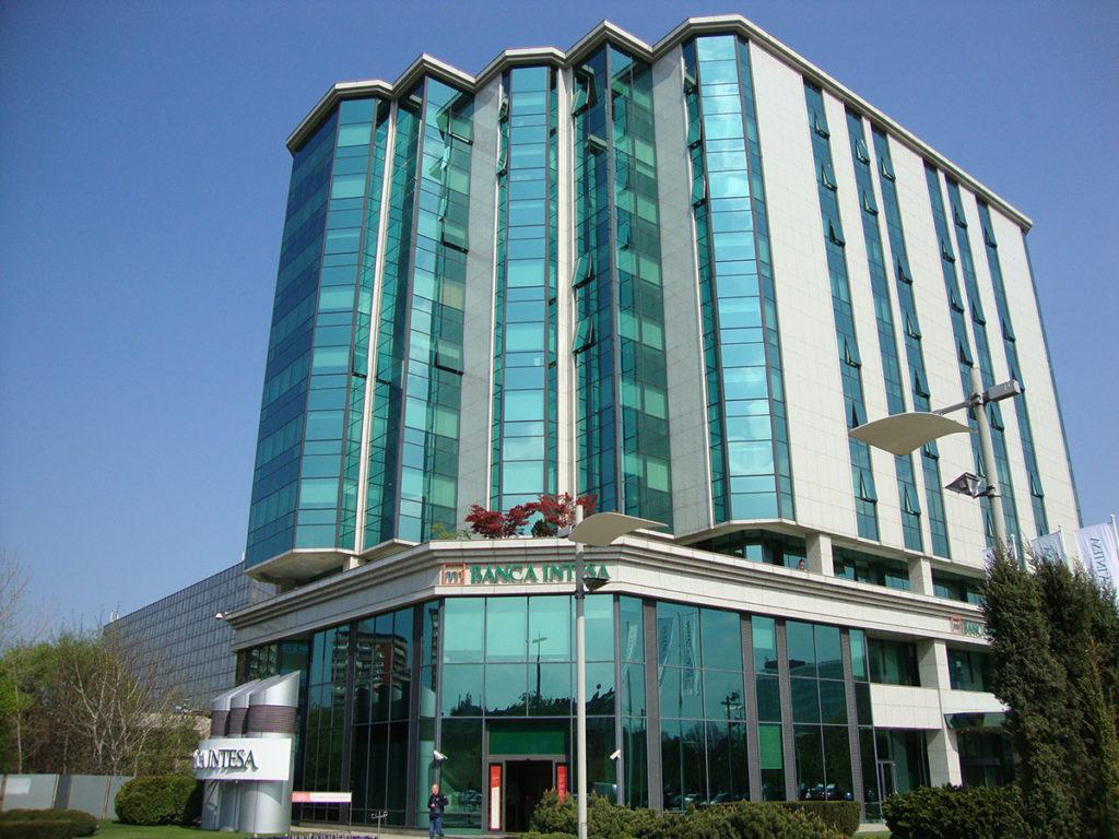 Banca Intesa (bivša zgrada Delta Holding)